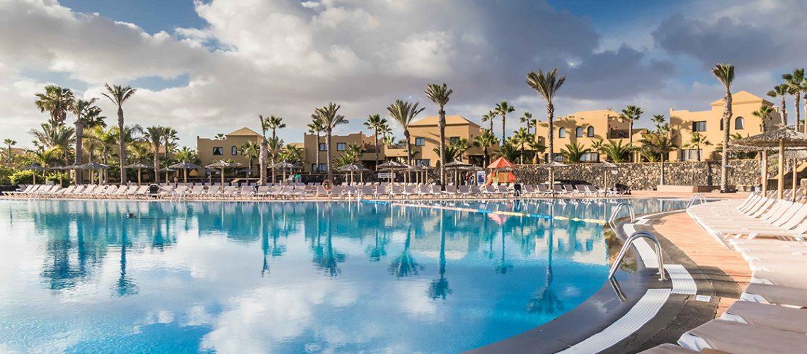 Oasis Papagayo auf Fuerteventura Pool und Villas